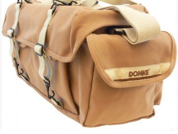 Brašna Domke F-1X LITTLE BIT BIGGER BAG BLK
